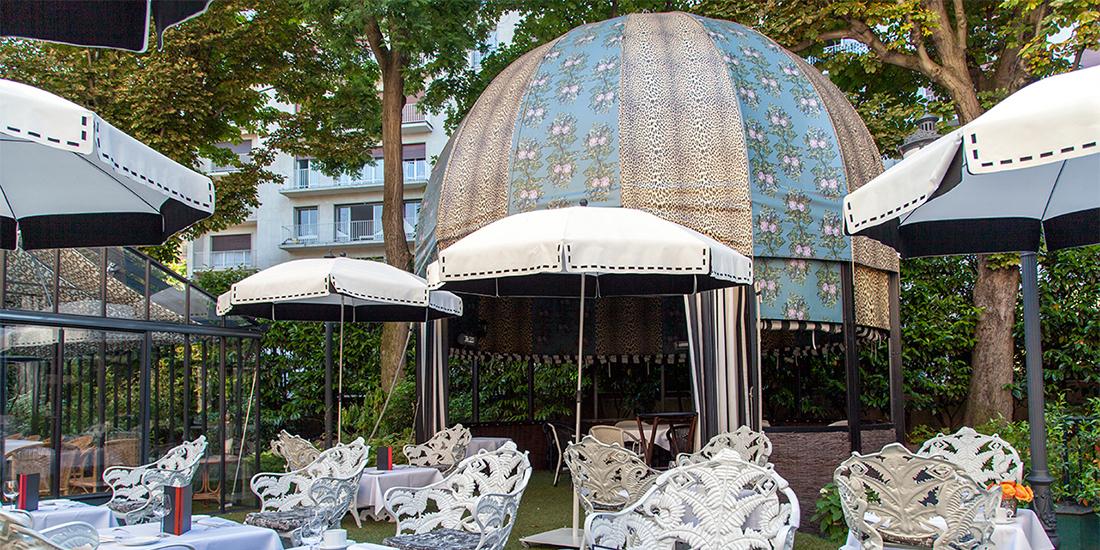 Saint James Hotel, Paris - Couture Parasol