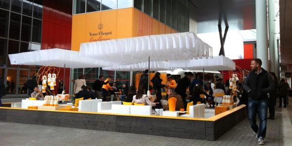 Veuve Clicquot stand, Milaan - Breezer Parasol