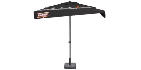 Kwaremont parasol met kassei motief in voet