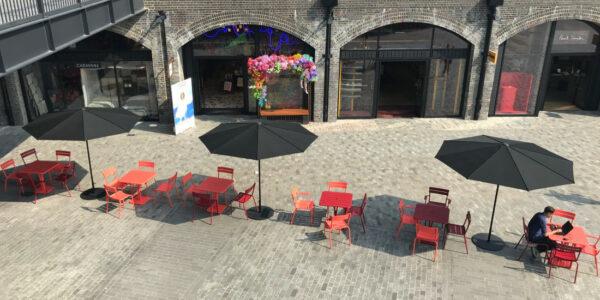 Coal Drops Yard, Londen - Quattro Parasol
